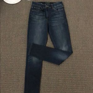 NWT Lucky Brand jeans! size 25!!